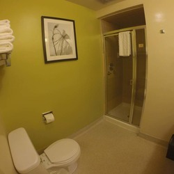 Guest Room Bathroom 3